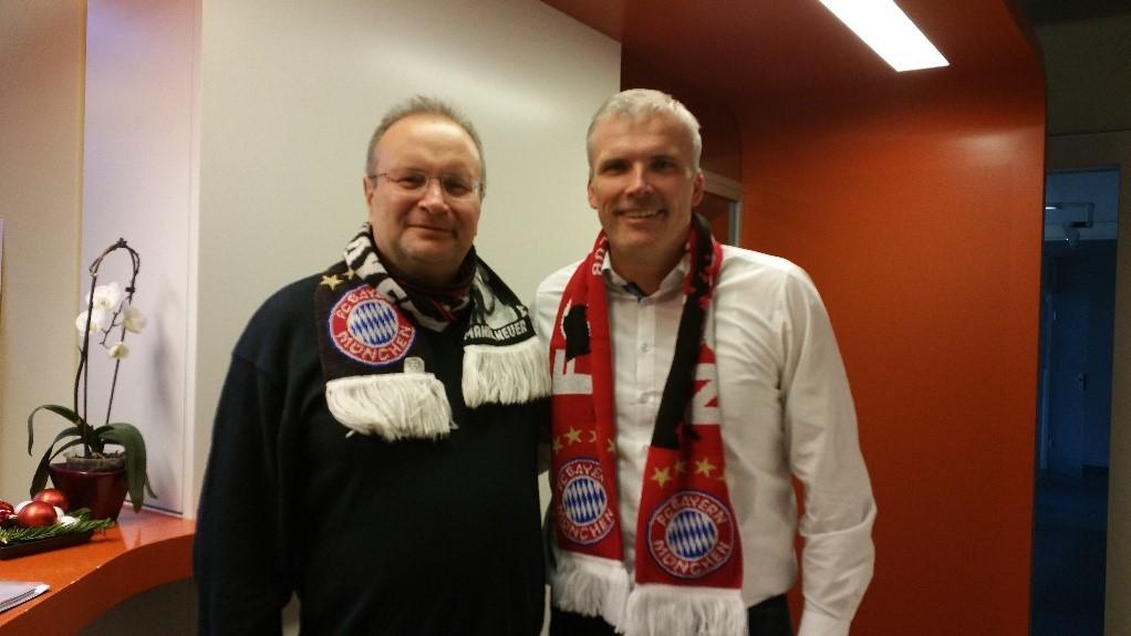 Bei unserem Oberbürgermeister, Andreas Bausewein, mit einem Fanschal unseres Fanclubs